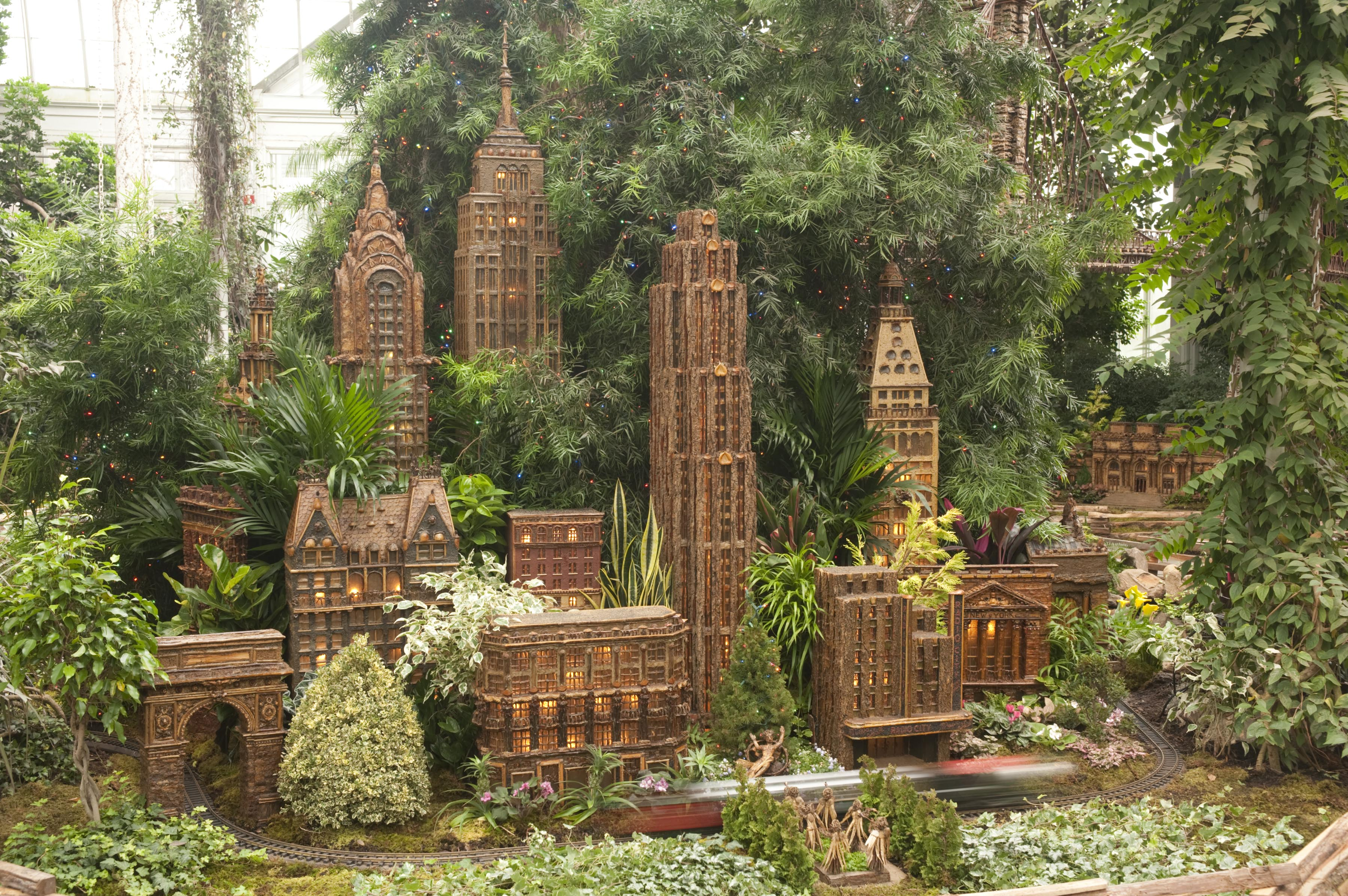 2011 Holiday Train Show at the New York Botanical Garden. Photo Credit: Ivo M. Vermeulen. Photo Courtesy: The New York Botanical Garden.