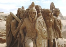 Warriors sculpture at Zeebrugge in Belgium, 2004. Photo Credit and Courtesy of: Sandartist.com.