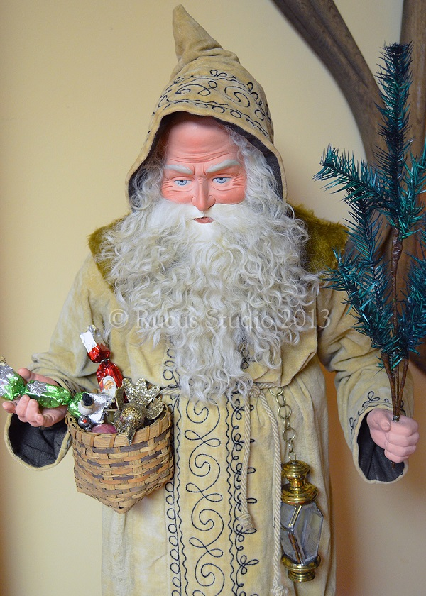 A German Santa Clause by artist Scott Smith of Rucus Studio. Photo Courtesy of: Scott Smith/Rucus Studio.