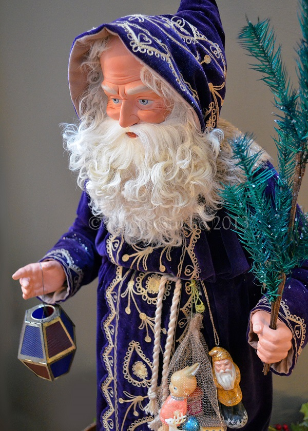 Santa Clause by artist Scott Smith of Rucus Studio. Photo Courtesy of: Scott Smith/Rucus Studio.