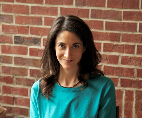 Young adult author Lauren Oliver. Photo Courtesy of: © Mike Holliday, 2013.
