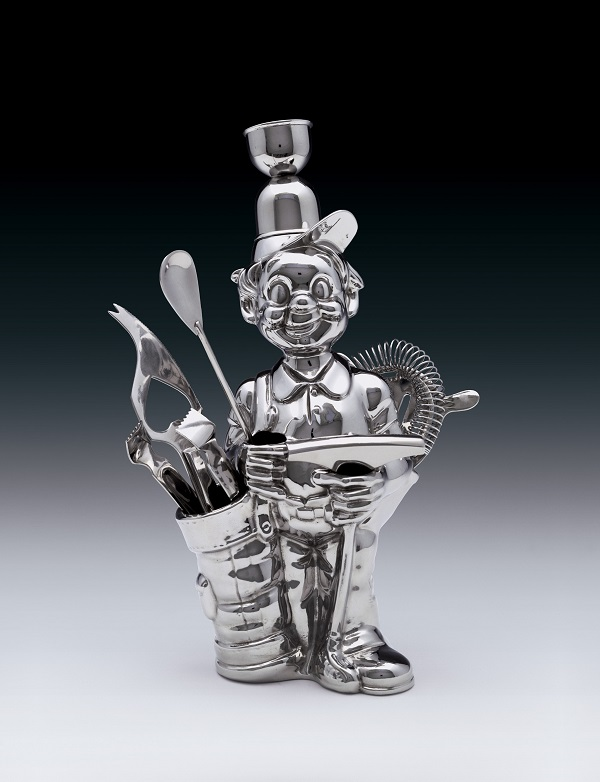 "Jeff Koons, ""Fisherman Golfer,"" 1986. Stainless steel; 12 x 8 x 5 in. (30.5 x 20.3 x 12.7 cm). Edition no. 3/3. Julie and Edward J. Minskoff, © Jeff Koons. Photo courtesy of the Whitney Museum of American Art."