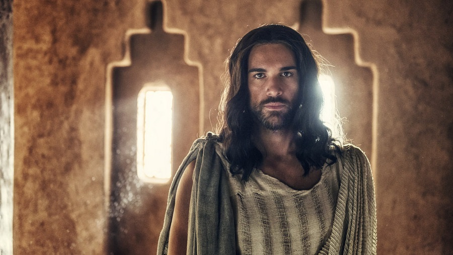 "A.D. The Bible Continues -- ""The Body Is Gone"" Episode 102. Pictured: Juan Pablo Di Pace as Jesus. Photo: Joe Alblas/LightWorkers Media/NBC."