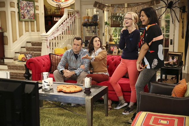 Episode 306: Benjamin King, Kali Rocha, Dove Cameron and Jessica Marie Garcia star in Disney's Liv & Maddie. Photo Credit: Disney Channel/Adam Taylor.