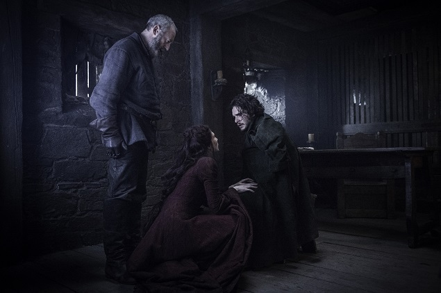 Liam Cunningham, Carice van Houten and Kit Harington star in Game of Thrones Season 6, episode 3. Photo Credit: Helen Sloan/courtesy of HBO.