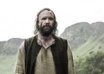 Rory McCann as Sandor Clegane aka the Hound in Game of Thrones Season 6. Photo Credit: Helen Sloan/courtesy of HBO.